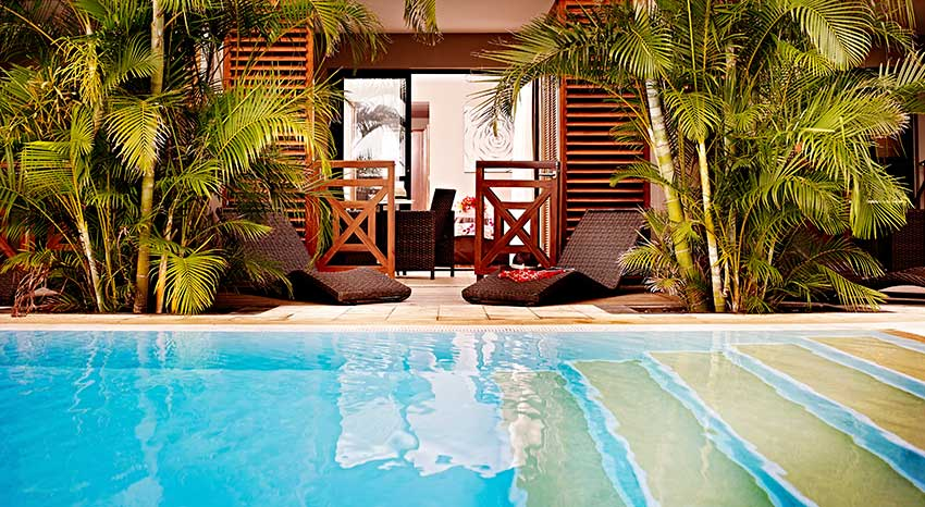 La chambre Guétali avec accès direct à la piscine, ILOHA Seaview Hotel 3*, île de la Réunion