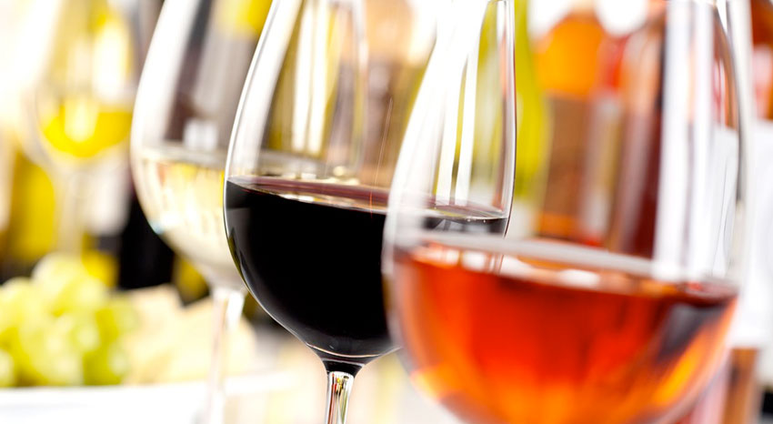 Verres de vins de différents cépages sud-africain, ILOHA Seaview Hotel 3*, île de la Réunion
