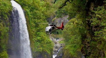 Survole de l'île de La Réunion en hélicoptère
