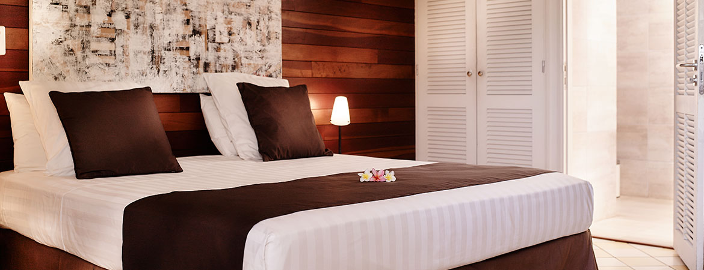 La chambre du bungalow Kitchenette, ILOHA Seaview Hotel 3*, île de la Réunion