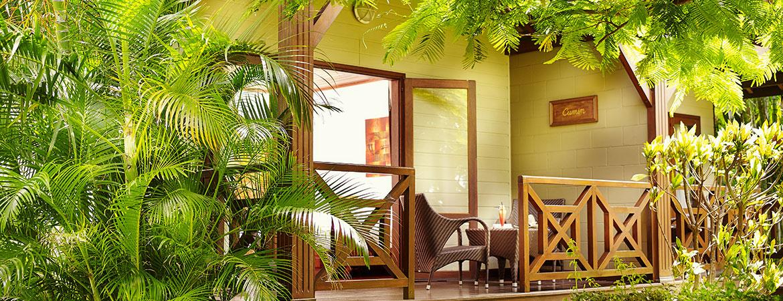 Terrasse du bungalow Tropique, ILOHA Seaview Hotel 3*, île de la Réunion