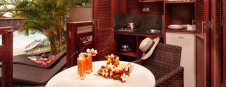 La cuisine équipée de la chambre Guétali, ILOHA Seaview Hotel 3*, île de la Réunion