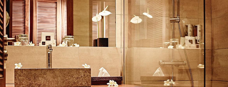 La salle de bain de la chambre Guétali, ILOHA Seaview Hotel 3*, île de la Réunion
