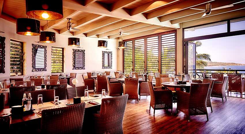La salle du restaurant La Trattoria, ILOHA Seaview Hotel 3*, île de la Réunion